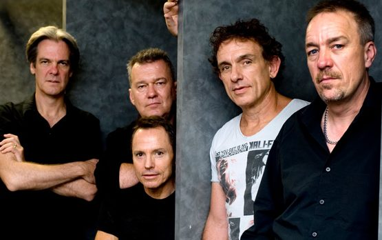 COLD CHISEL at Sandalford, Margaret River.