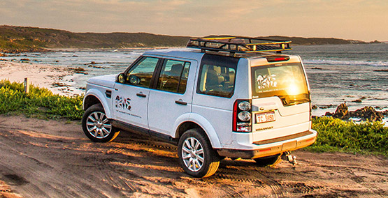 Personalised touring in a luxury Landrover 4WD Discovery