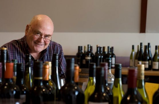JAMES HALLIDAY AUSTRALIAN WINE COMPANION 2014 EDITION: COMMENTARY